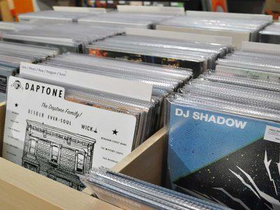 Unser Vinyl Regal bei Silver Disc - Black Disc