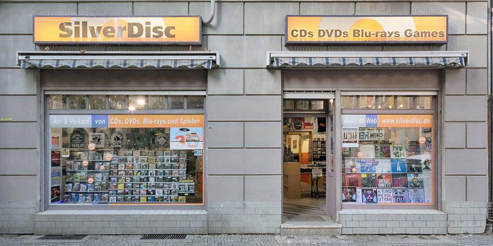 """Unser Geschäft von vorne im Mai 2017 - Foto """"Ralf A. Hanke"""""""