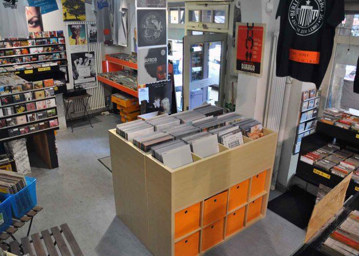 Unser erstes richtiges Vinyl Regal